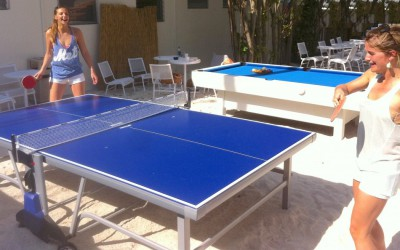 Bikini Hostel guests playing ping pong